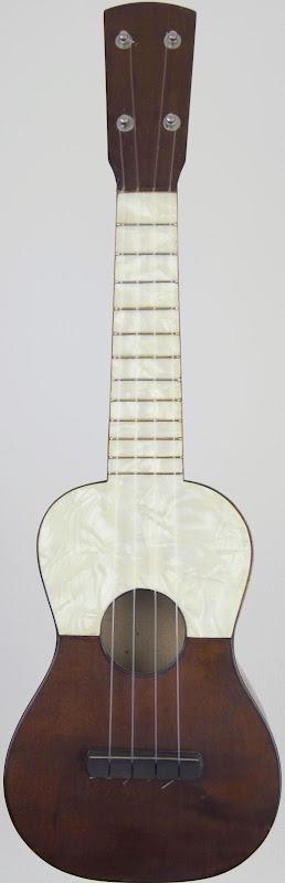 british 1930's plastic bakelite soprano ukulele