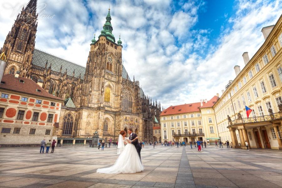 [Wedding+photo+-+0115+Vladislav+Gaus+Prague_%5B3%5D]