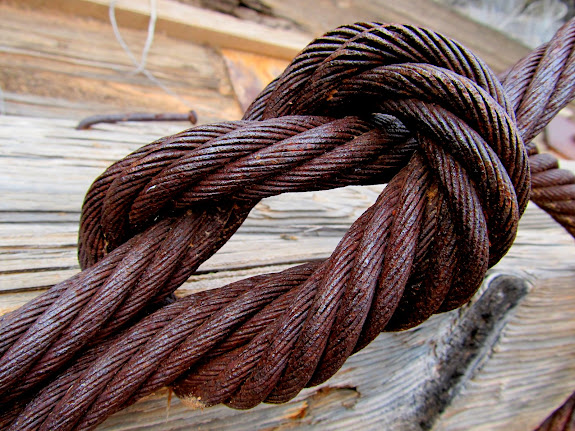 Reef knot in one-inch steel cable