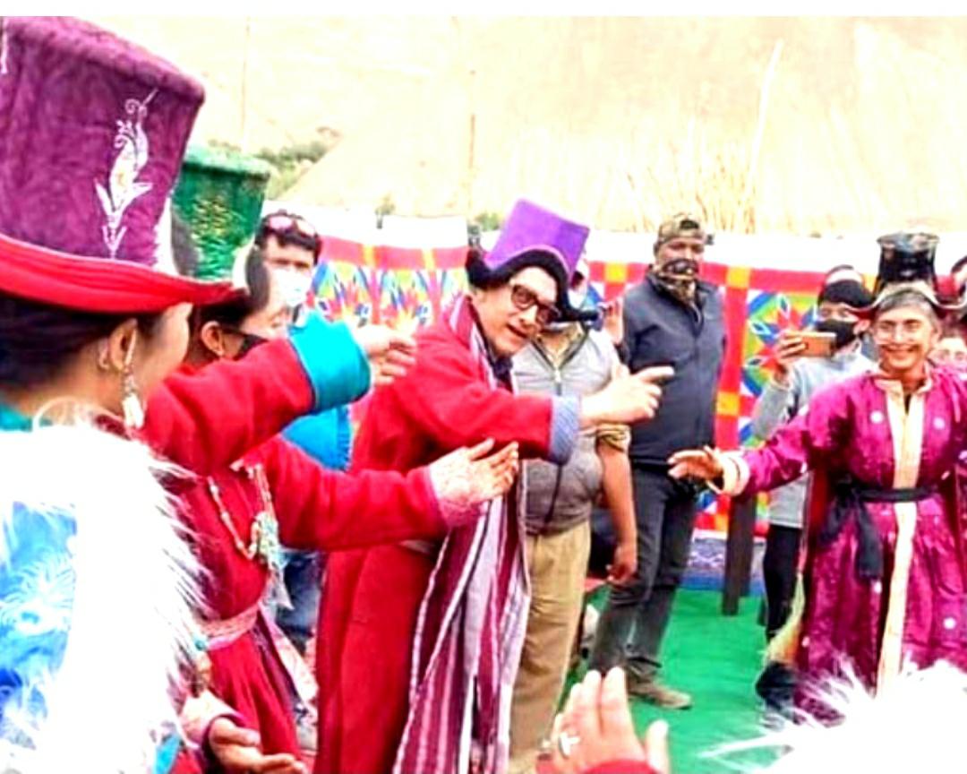 ಡಿವೋರ್ಸ್ ನಂತರ ಮಾಜಿ ಹೆಂಡತಿಯೊಂದಿಗೆ ಅಮೀರ್ ಖಾನ್ ಭರ್ಜರಿ ಸ್ಟೆಪ್ ...ವಿಡಿಯೋ ವೈರಲ್