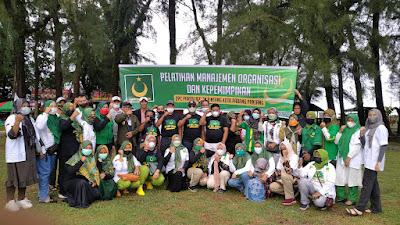 Merajut Ukhuwah Sesama Kader, DPC PBB Padang Panjang Laksanakan Outbond