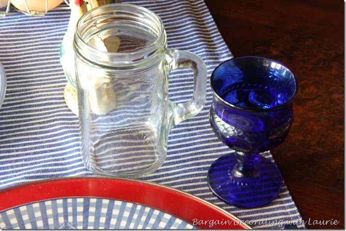 Casual Tablescape-Bargain Decorating with Laurie