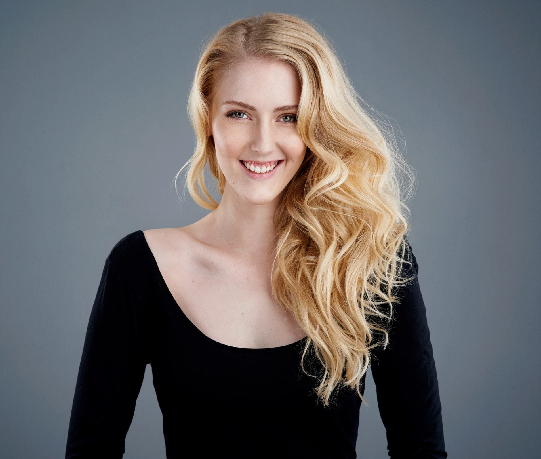 2018 Blonde Curly Hair : Exclusive Styles For Beautiful Womans 10