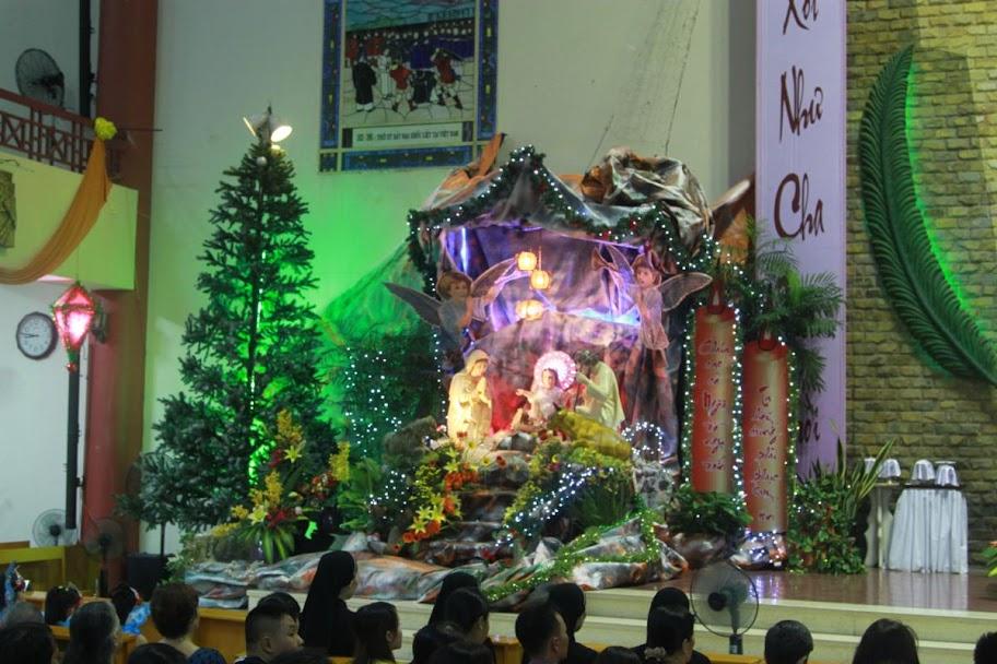 Đêm canh thức mừng Chúa Giáng sinh tại Giáo xứ Phước Hải