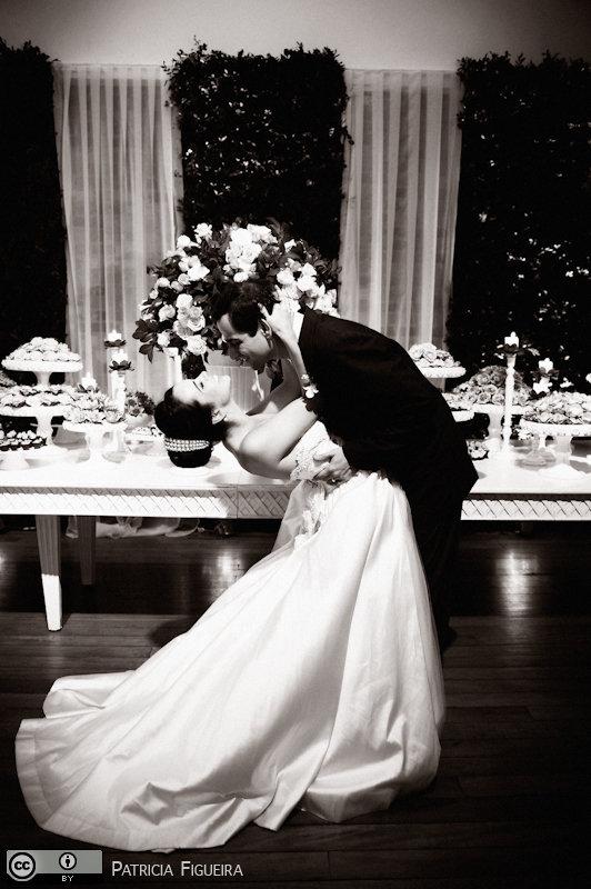 Foto de casamento 1867pb de Nathalia e Fernando. Marcações: 04/12/2010, Casamento Nathalia e Fernando, Niteroi.