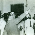 1953 with Pandit Nehru, Sidhu and Husain Zaheer.jpg