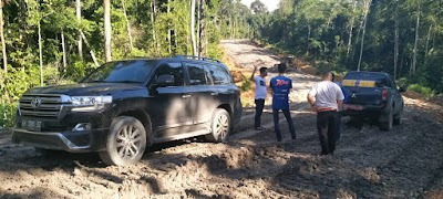 Cek Jalan Km16 Durian Ramba, Bupati Nadalsyah Perintahkan Pengerasan Jalan