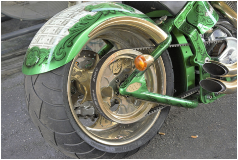 How to safely break a tire bead