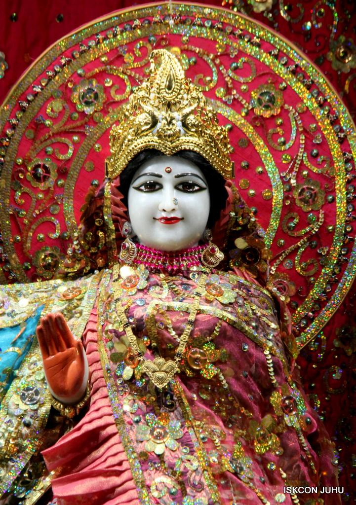 ISKCON Juhu Mangal Deity Darshan on 25th Oct 2016 (20)