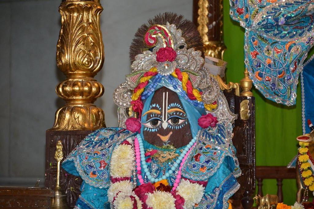 ISKCON Ujjain Deity Darshan 18 Dec 2015 (10)