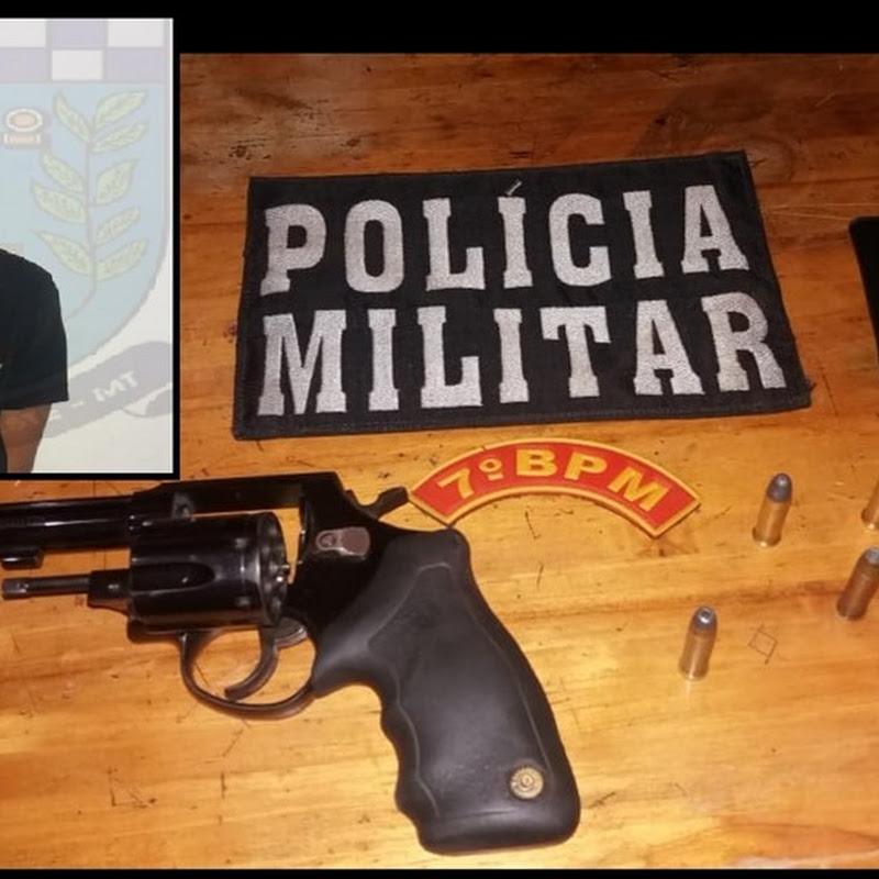 PM de Acorizal prendeu homem com arma que tentou subornar os policiais no distrito de Baús