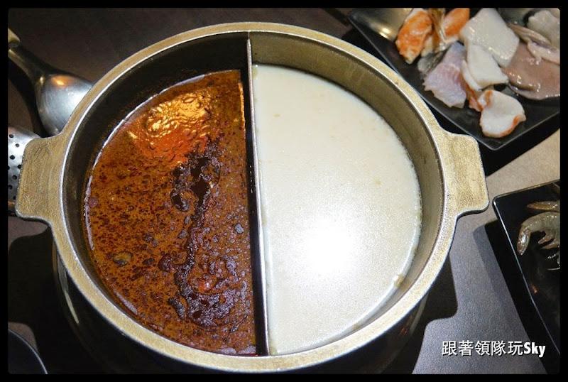 台北美食推薦-萬華區西門町花雕雞吃到飽 【瘋麻辣頂級鴛鴦麻辣火鍋】