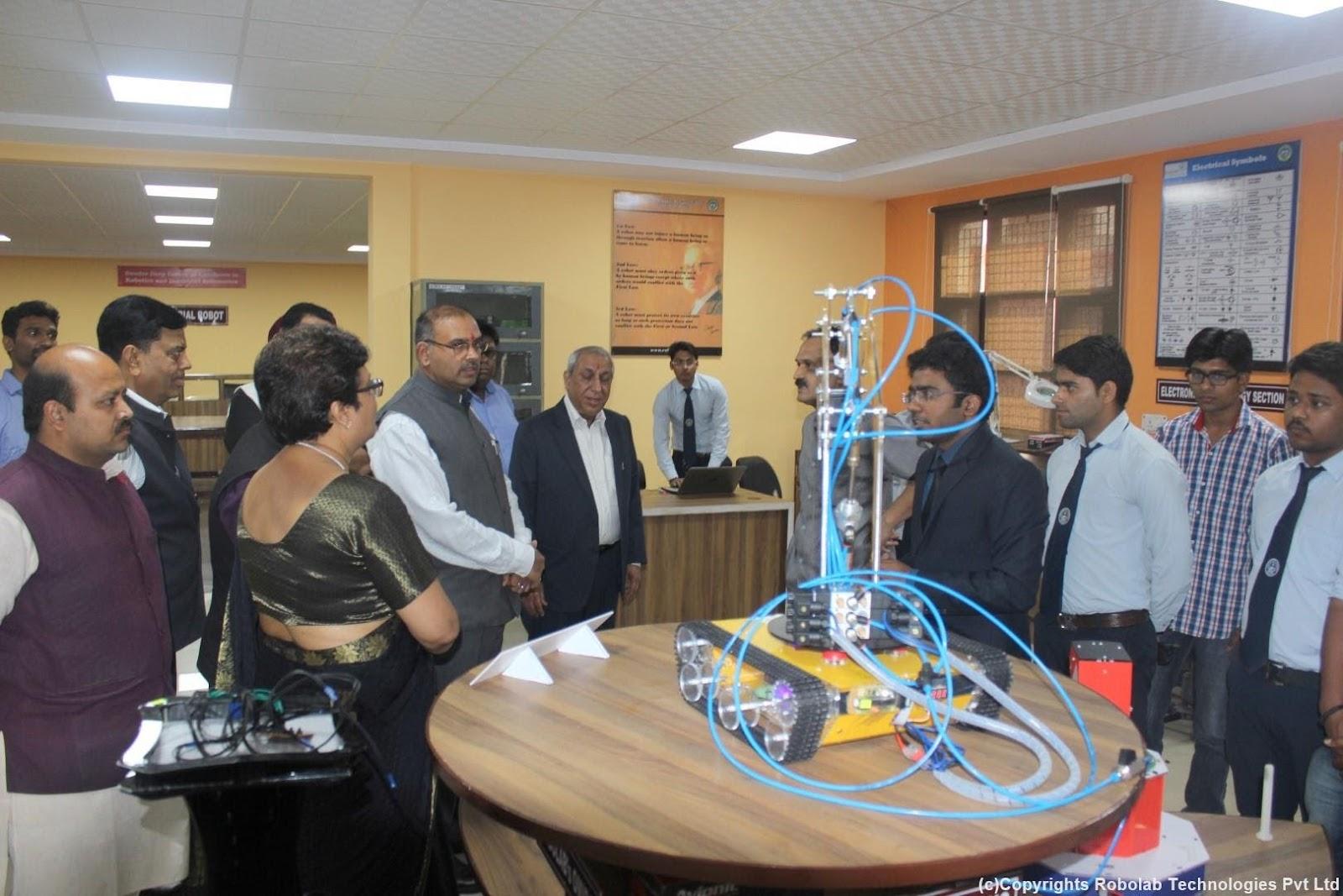 SunderDeep Group of Institutions, Ghaziabad Robolab (5).jpg