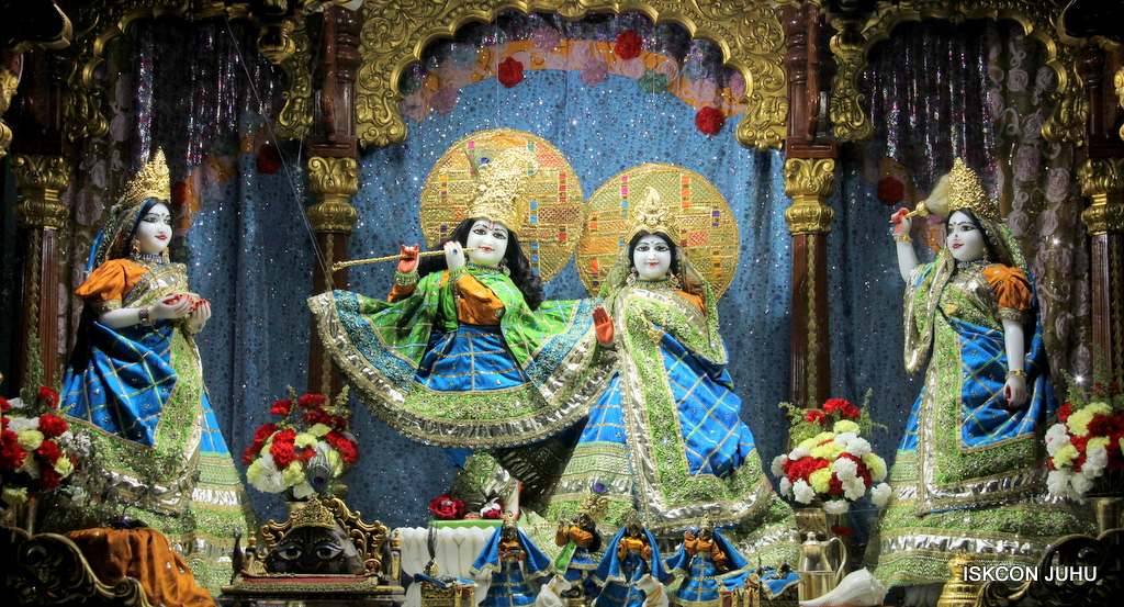 ISKCON Juhu Mangal Deity Darshan on 20th Jan 2017 (16)