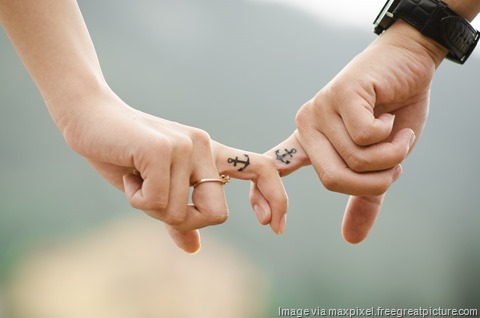 Love-People-Couple-Fingers