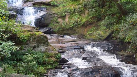 Mud Creek falls in sky valley