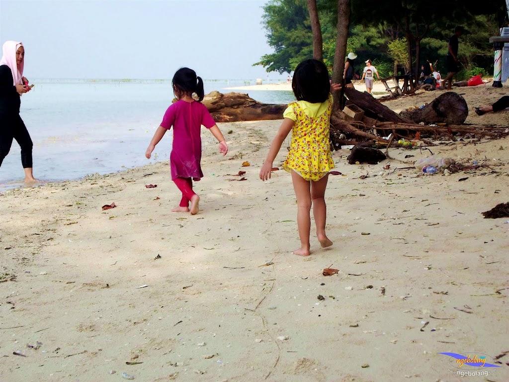 family trip pulau pari 090716 Fuji 153
