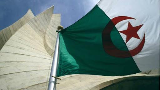 drapeau-algerie-600x338.jpg