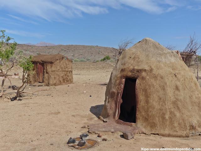 poblado-himba-namibia.JPG