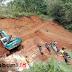 Tebing Curam di Sukabumi Ambruk, Alat Berat Diturunkan