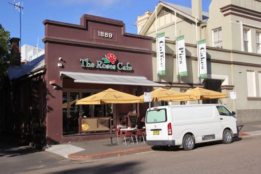 Roses Cafe. Goulburn, Australia