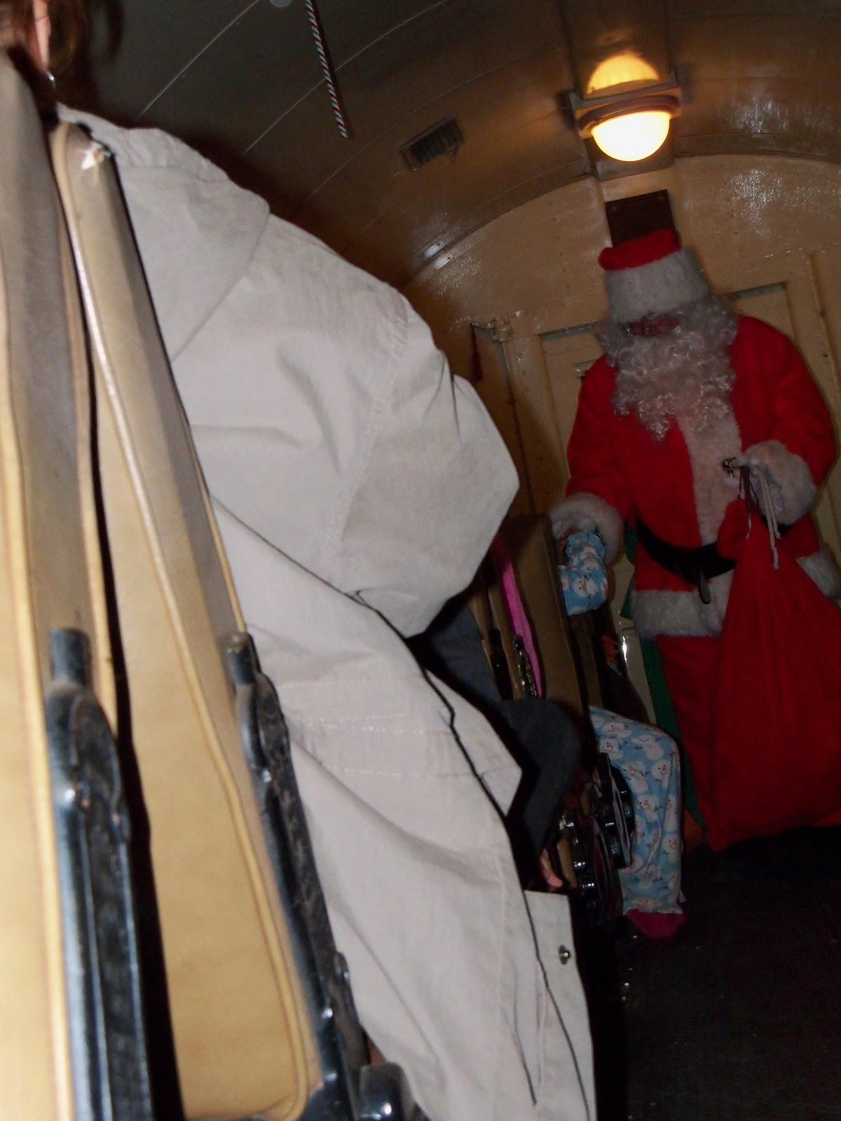 Polar Express Christmas Train 2010 - 100_6321.JPG