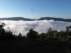 Mar de nubes subiendo al alberrue de Montfalcó