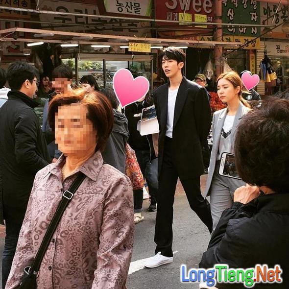 Cặp kè nữ thần mặt đơ, Thủy thần Nam Joo Hyuk lại càng đẹp trai - Ảnh 1.
