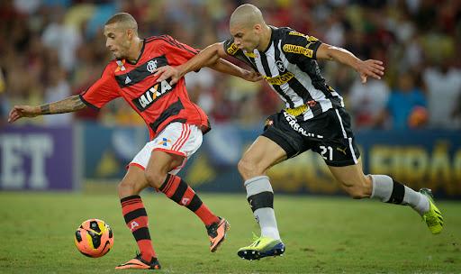 1Botafogo-busca-virada-Flamengo-Maracana_LANIMA20131013_0153_1.jpg