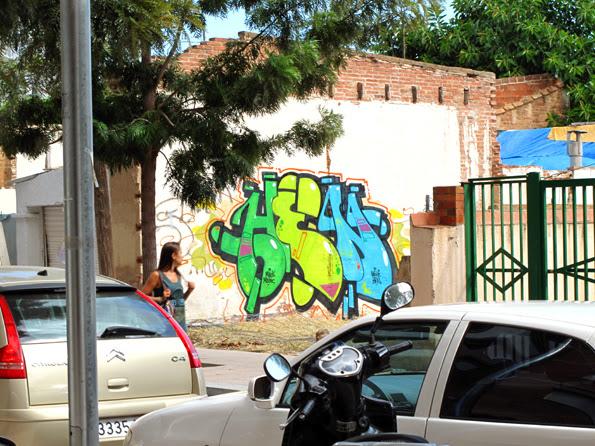 hen_by_nexie_black_magic_graffiti_montana_colors_mtn