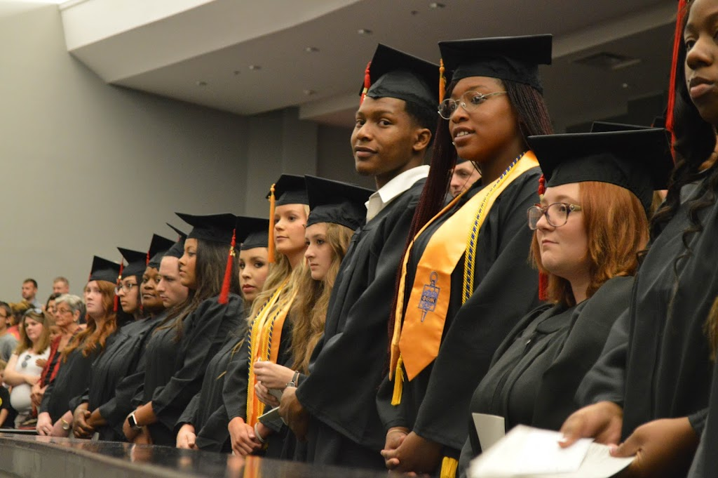 UAHT Graduation 2017 - 20170509-DSC_5285.jpg