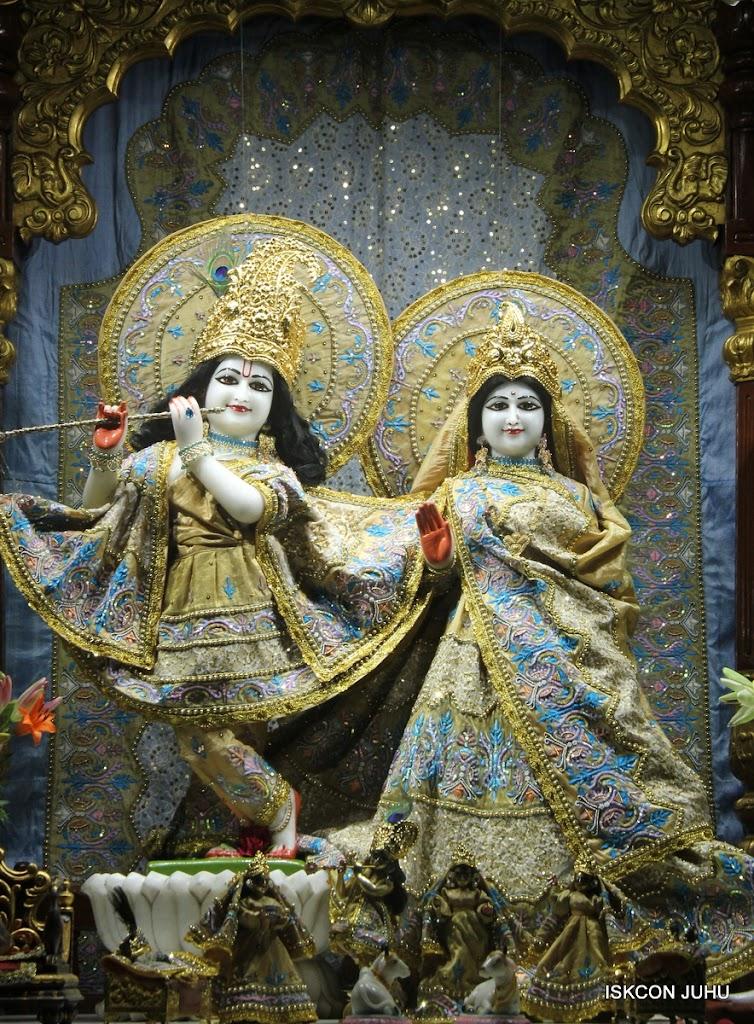 ISKCON Juhu Mangal Deity Darshan on 29th May 2016 (19)