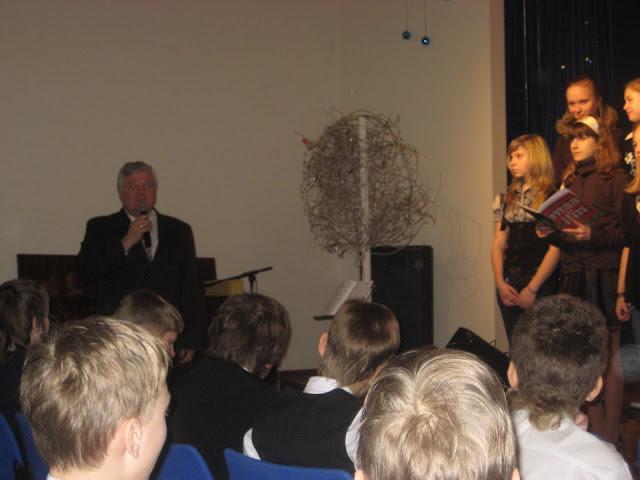 20.veebruaril Ahtme Klubis toimus traditsiooniline Eesti Iseseisvuspäevale pühendatud õpilaste ko - 11.jpg