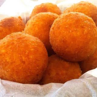 Extra Melty Fried Cheese Ball recipe! (Tirokroketes).