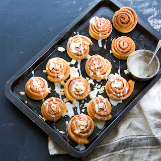 Super easy Cinnamon buns.