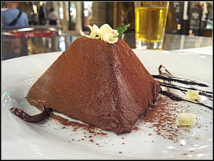 Chocolate dessert from Qu Qu, Barcelona
