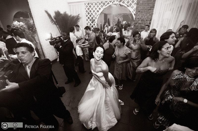 Foto de casamento 2760pb de Nathalia e Fernando. Marcações: 04/12/2010, Casamento Nathalia e Fernando, Niteroi.