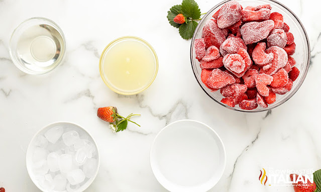 strawberry daiquiri recipe ingredients
