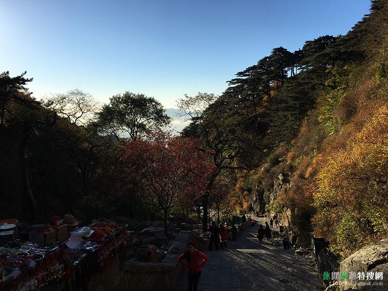 [中國.山東.泰安] 泰山風景區 超硬1600階十八盤 以及絕美觀日台上日出