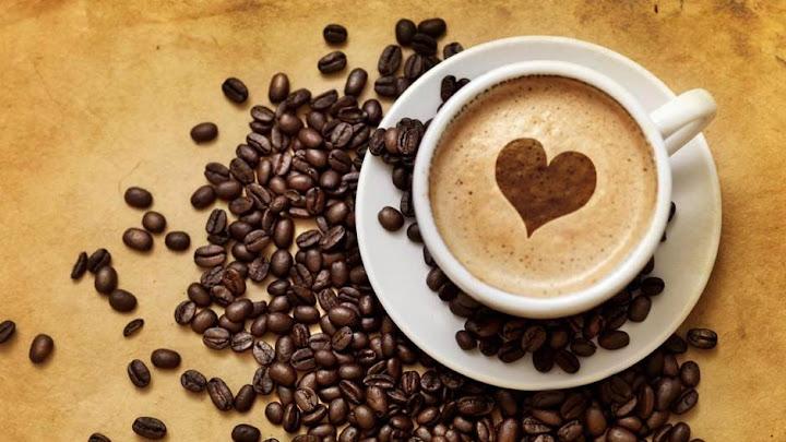 Cafe và cái ly