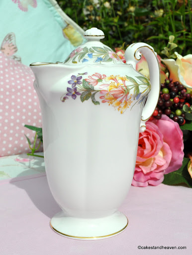 Country Lane Pattern Hot Water Jug