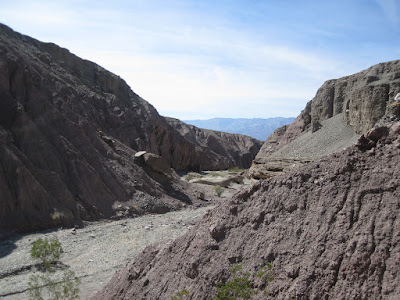 There was an easy work-around and we were back on track, heading up the canyon ©http://backpackthesierra.com