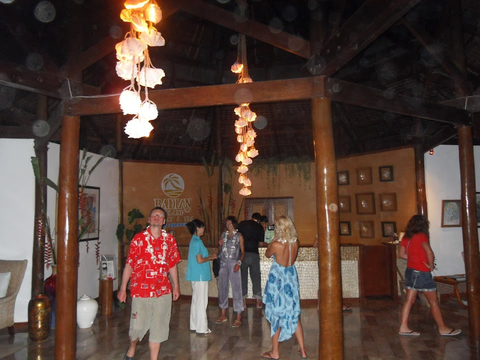 Badian Island Resort, reception