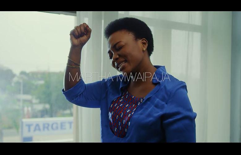 VIDEO | Martha Mwaipaja - Cha Kutumaini Sina | Mp4 Download
