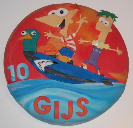 958-Phineas en Ferb taart.JPG