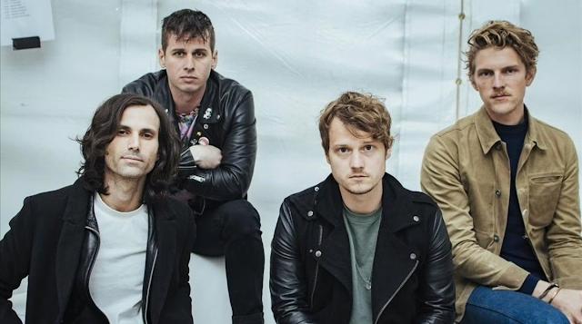 10 anos de 'Torches': Foster The People anuncia versão especial para celebrar o aniversário de seu primeiro álbum