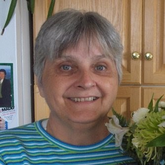 Linda Ritchie Photo 27