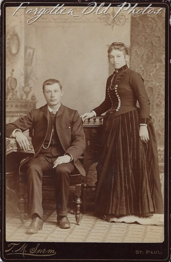 Cabinet Card unknown Couple Brainerd