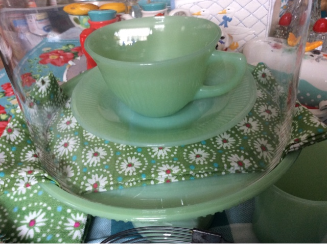 Pioneer Woman Jadeite Cake Stand