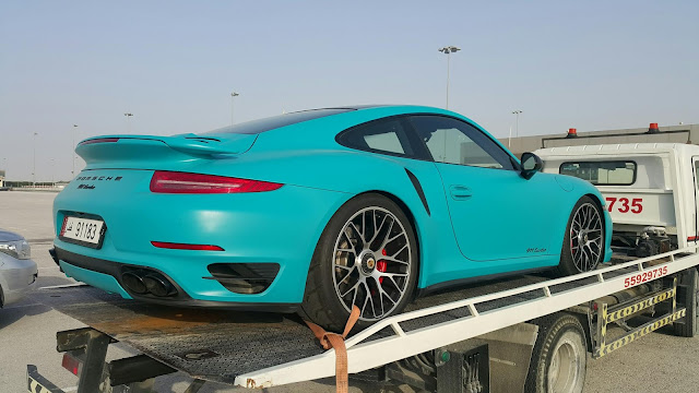 Porsche 911 Turbo somewhere in Qatar Racing Club